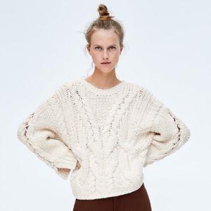 Zara   Oversized Chunky Braided Sweater sz S
